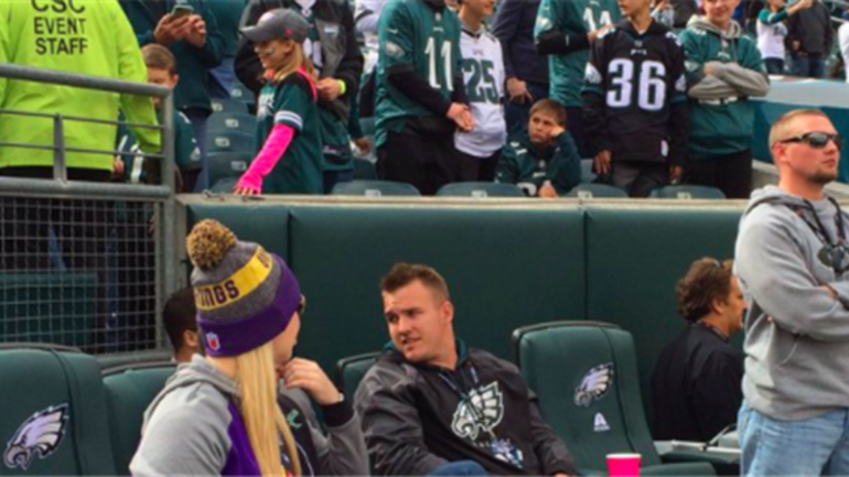 Watch Mike Trout Celebrates Eagles Touchdown At The Linc
