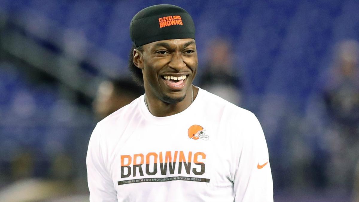 Santana Moss: RG3 is out of the NFL because he can't get along with coaches