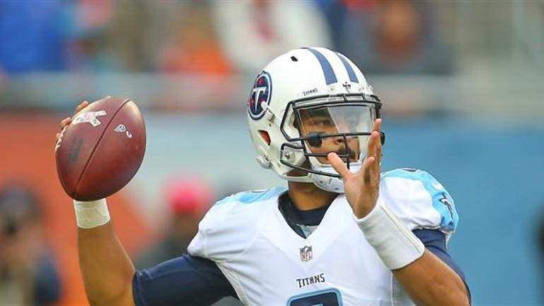 The Tennessee Titans Held On To Defeat Chicago Bears 27 21 Sunday In Had First And Goal At 7 Yard Line