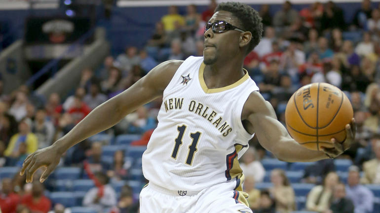 Report: With DeMarcus Cousins aboard, Pelicans not looking to trade Jrue Holiday