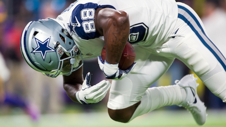Dez Bryant Closes In On History With Td Catch Vs Vikings