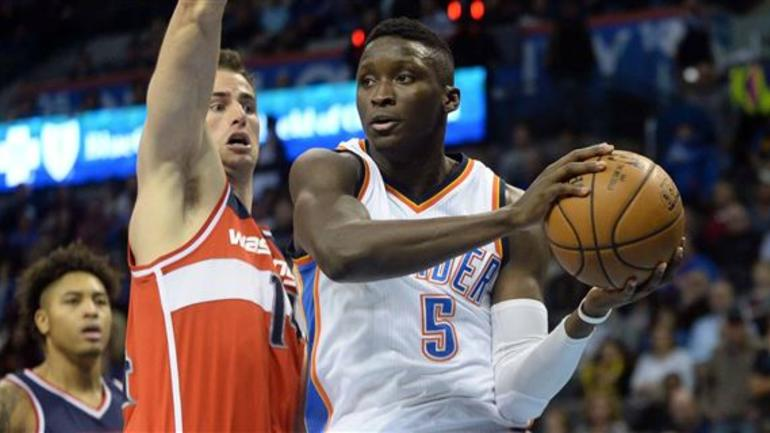 cheaper 9f54b 6e7d9 Victor Oladipo doesn't participate at Thunder practice on ...