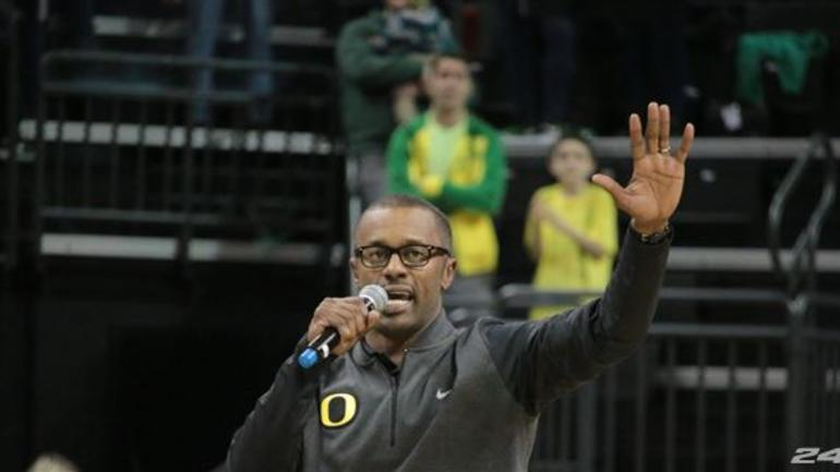 WATCH:Willie Taggart's first message to Oregon's players - CBSSports com