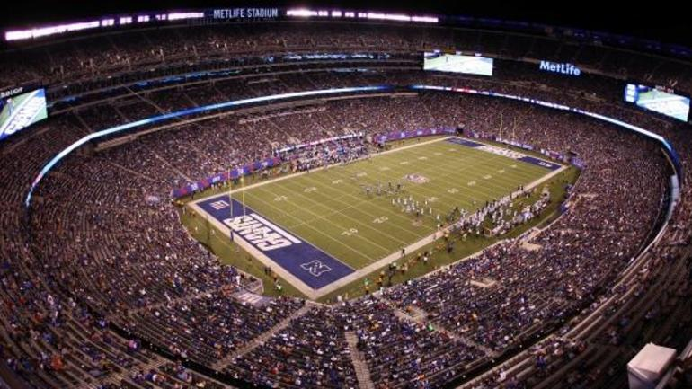 buy online 428f2 f634c Giants vs. Lions will feature blank endzones at MetLife ...
