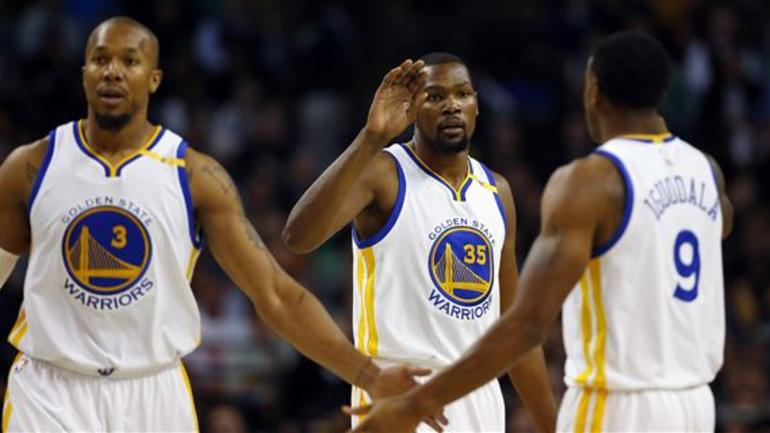 cheap for discount cd61b 8f73d David West thinks he'll return to Warriors faster than ...