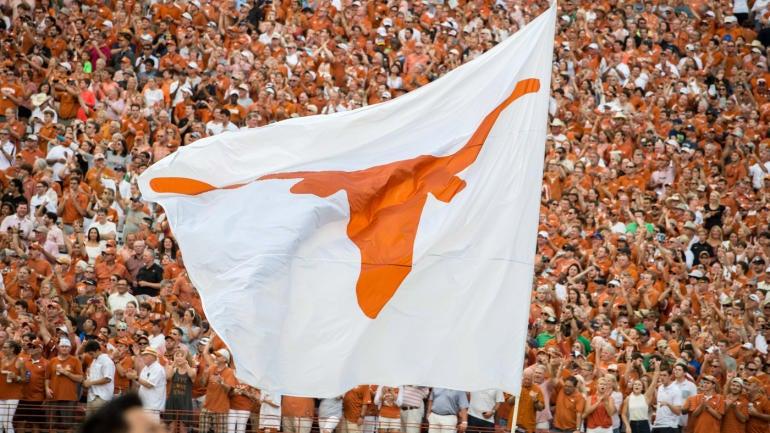 texas-longhorns-flag.jpg