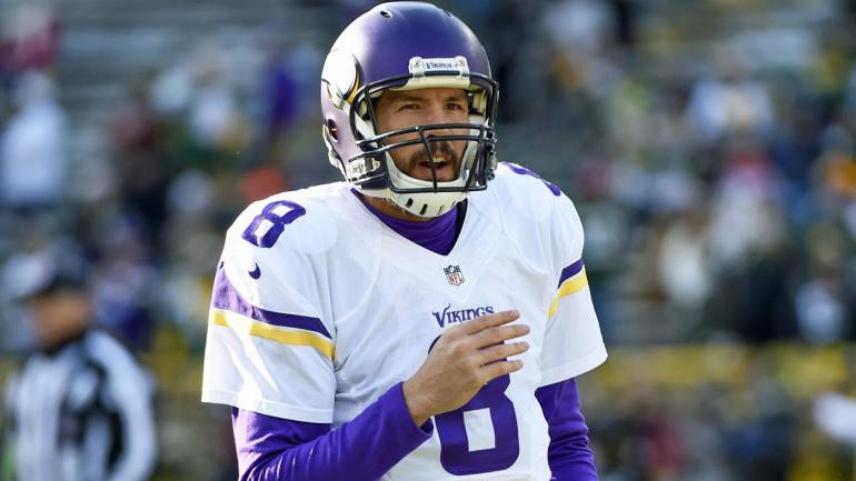 ad129ca18 2017 NFL season win total over under picks for NFC North  Vikings can steal  division - CBSSports.com