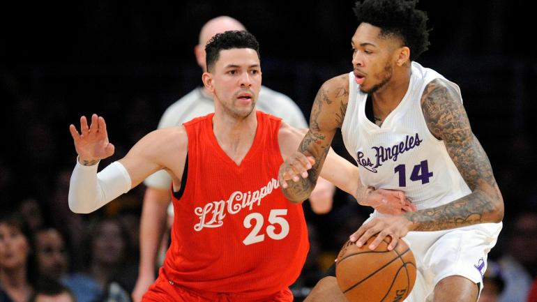 Lakers defeat Clippers in Christmas day battle of Los Angles ...
