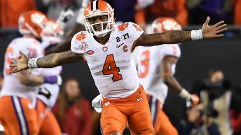 wholesale dealer 18f4b 3bdb6 Deshaun Watson honored former Bears QB with jersey patch ...