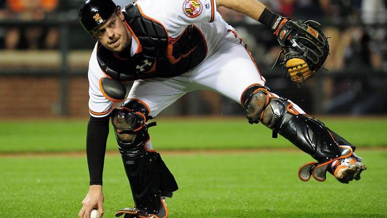 MLB Hot Stove rumors: Angels 'considering making a run' at Matt Wieters