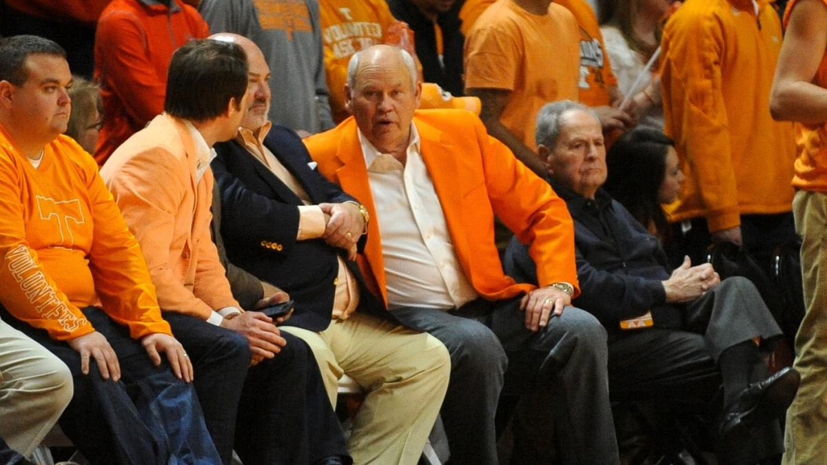 Vols bring back Phil Fulmer as special adviser to Tennessee president