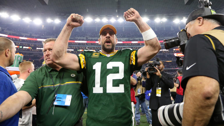 Aaron Rodgers takes shot at Falcons over fake crowd noise controversy