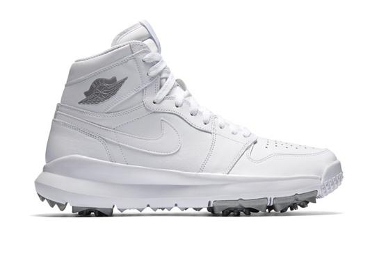 628095053d79 LOOK  Nike unveils these must-see Air Jordan 1 retro golf shoes ...