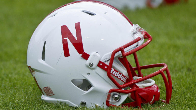 Nebraska-helmet