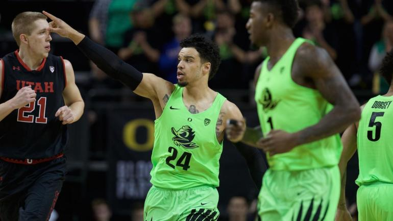 LOOK: Oregon's electric green uniforms light up during ...