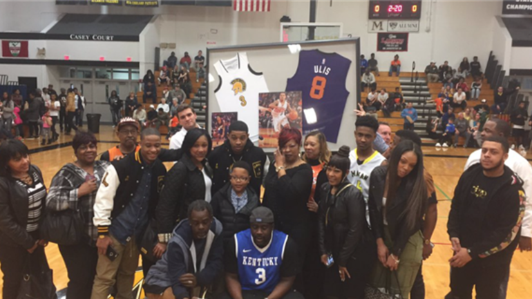 Phoenix Suns rookie guard and former Wildcat Tyler Ulis had his No. 3 high  school jersey retired at Marian Catholic in Chicago Friday night. 4989df432