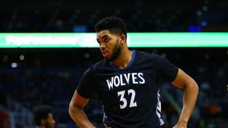 Report: Karl-Anthony Towns' dad may sue Minnesota