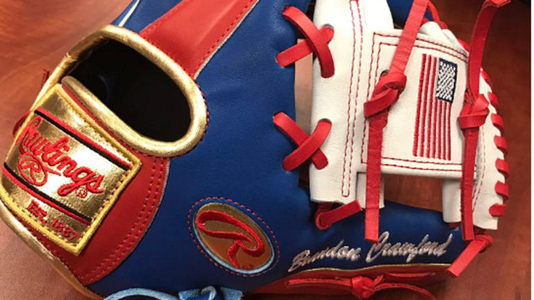 Free Nascar Racing Games >> LOOK: Brandon Crawford's patriotic Team USA World Baseball Classic glove is awesome - CBSSports.com