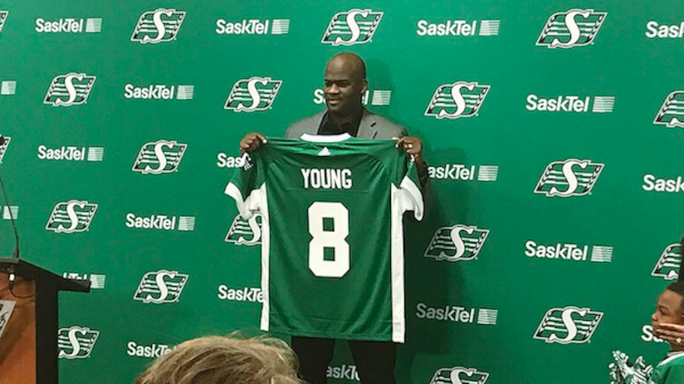 Vince-young-cfl-comeback-03-09-17