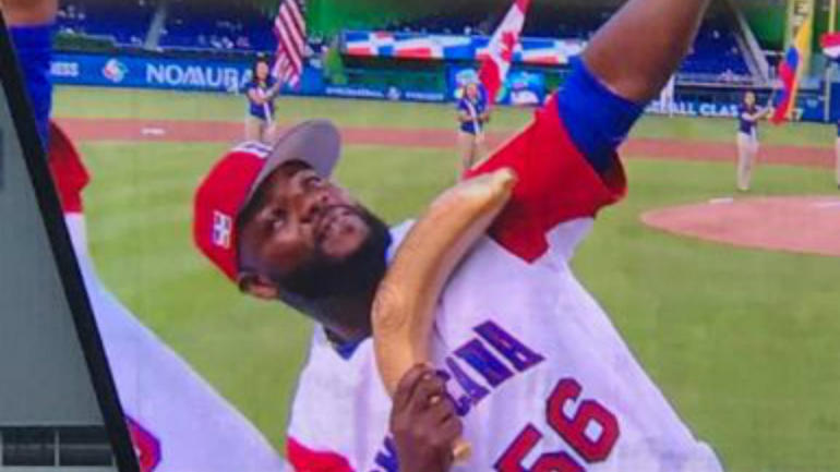 LOOK: Fernando Rodney brings the rally plantain back to the World Baseball Classic