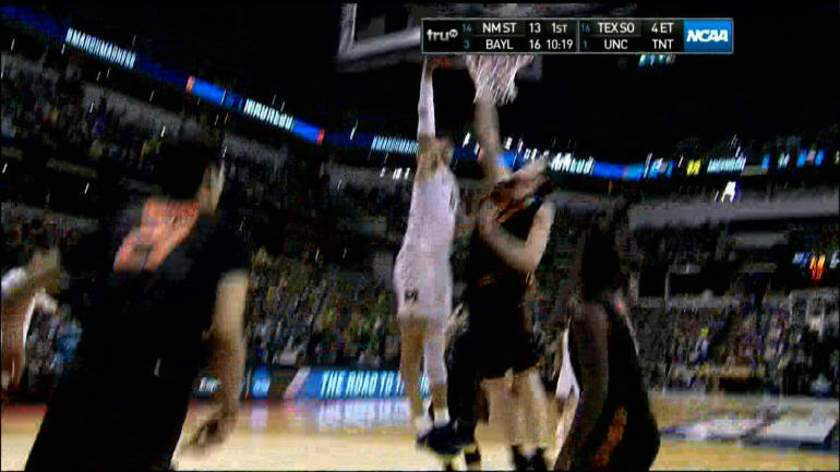 WATCH: Michigan getting the dunk fest going against Oklahoma State ...