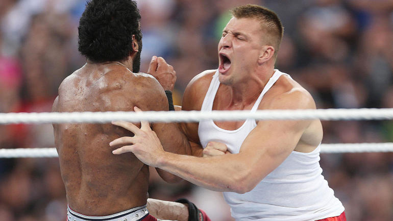 Rob Gronkowski reportedly got permission from Patriots for ...