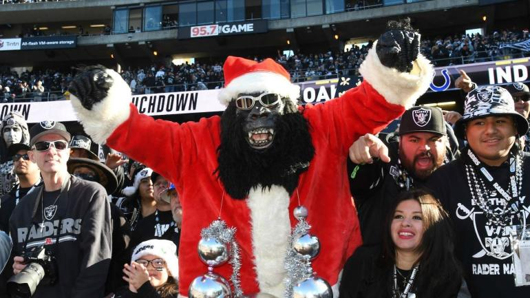 2017 nfl schedule football fans get a special present on christmas monday cbssportscom - Nfl Schedule Christmas Day