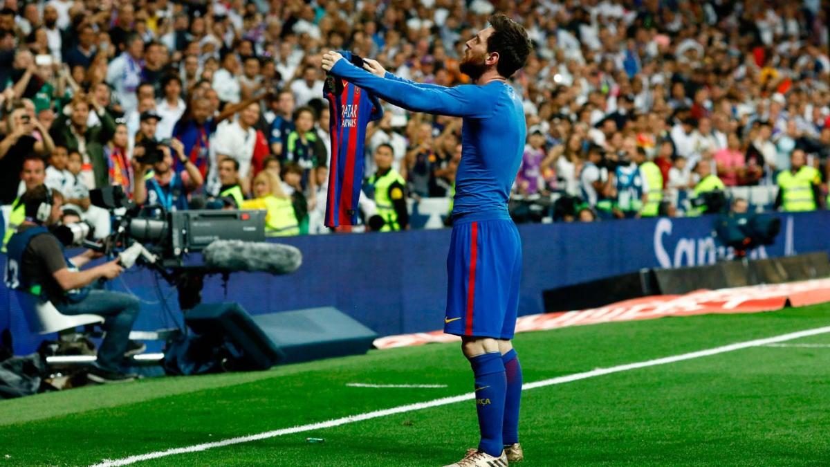 super popular 75ae3 c94fe El Clasico 2017: Messi trolls Real Madrid fans with iconic ...