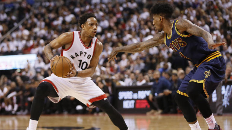 LOOK: Raptors' DeMar DeRozan takes kick to groin from Cavs ...