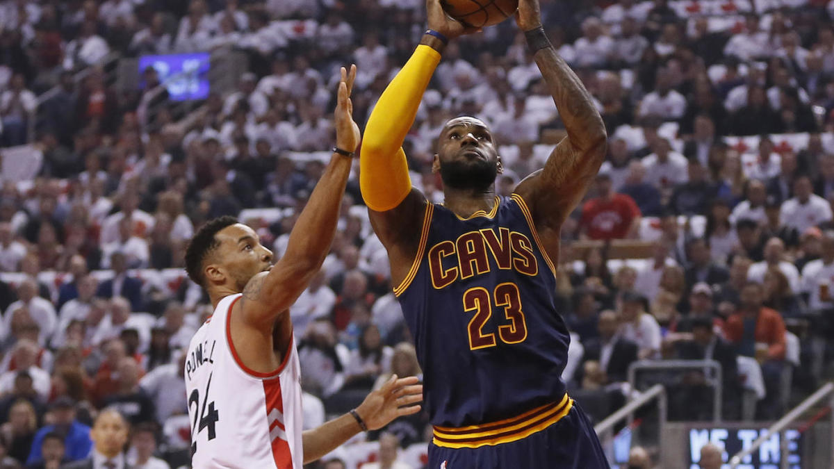reputable site f0eaa 16585 Cavs-Raptors: Norman Powell says LeBron was trying to 'son ...