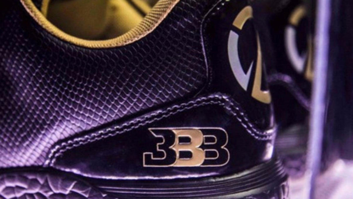 LOOK: Big Baller Brand could be going under after clearance sale at local volleyball game