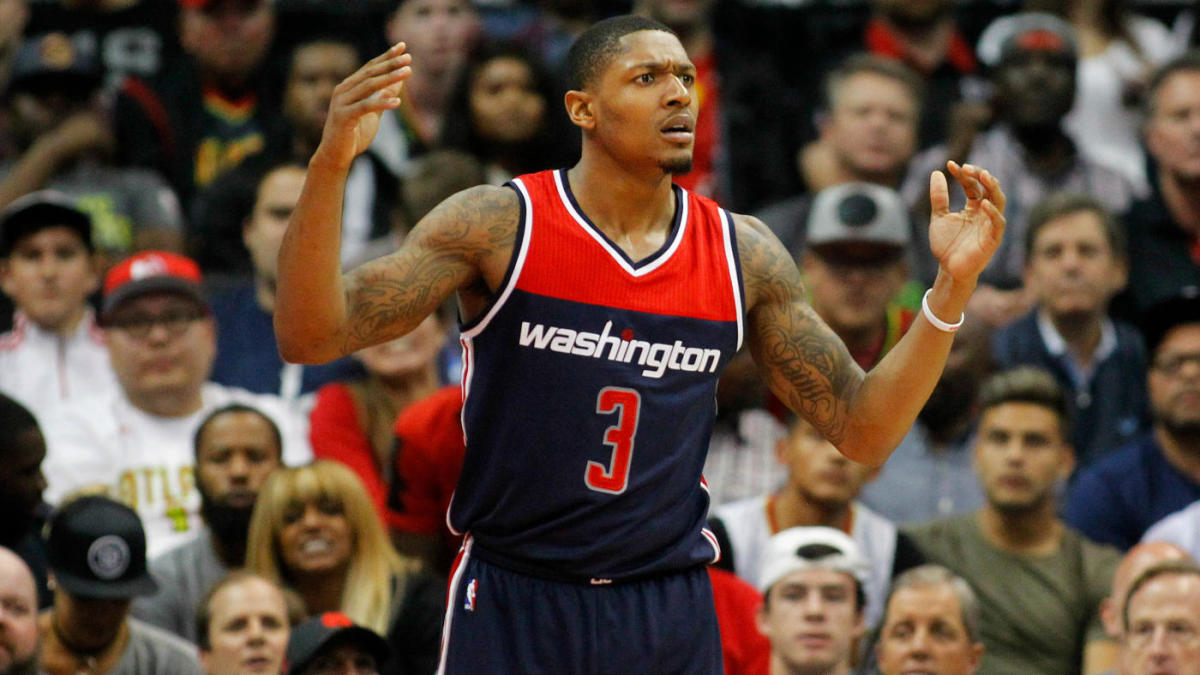 Wizards offer Bradley Beal 3-year, $111M max extension, per report; All-Star might not sign new deal, and for good reason