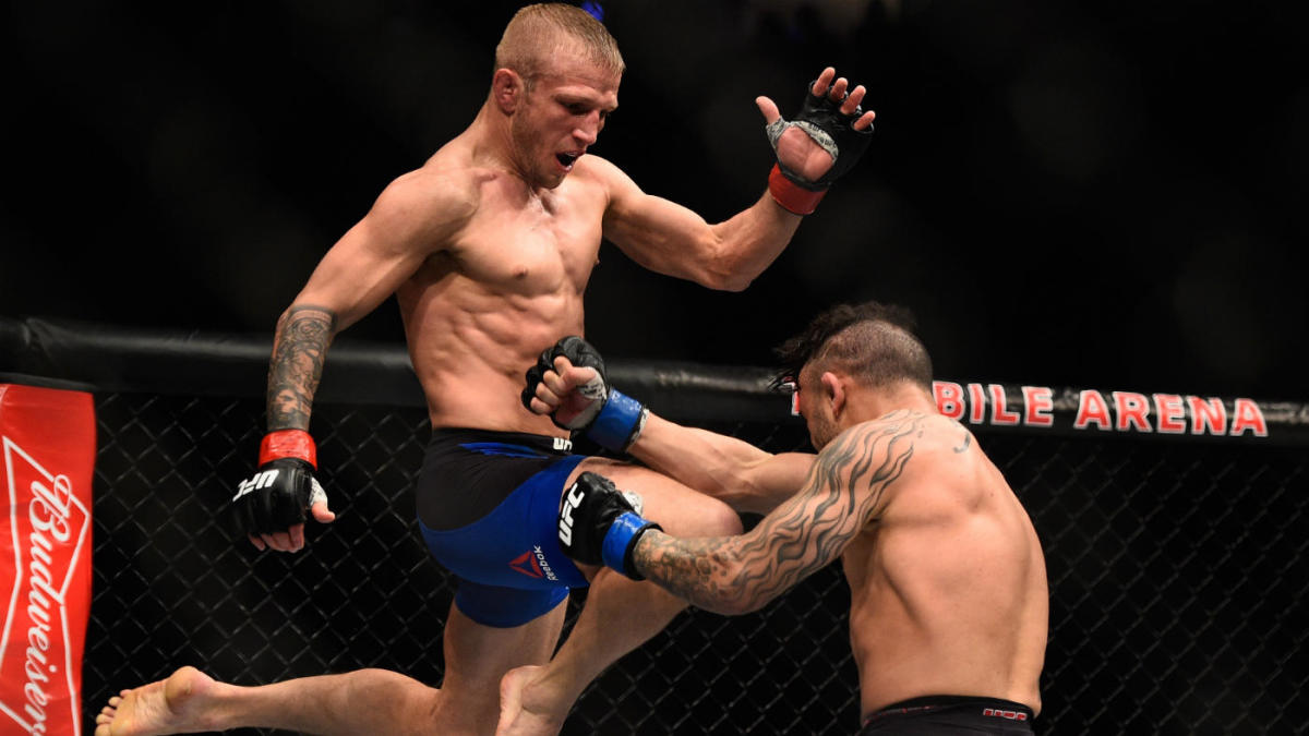 UFC Fight Night: Sandhagen vs. Dillashaw odds, predictions: MMA insider makes surprising fight card picks