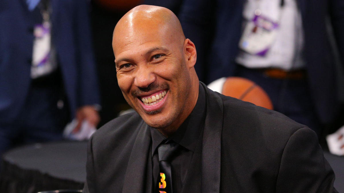 LaVar Ball, Lonzo Ball to appear at WWE ...