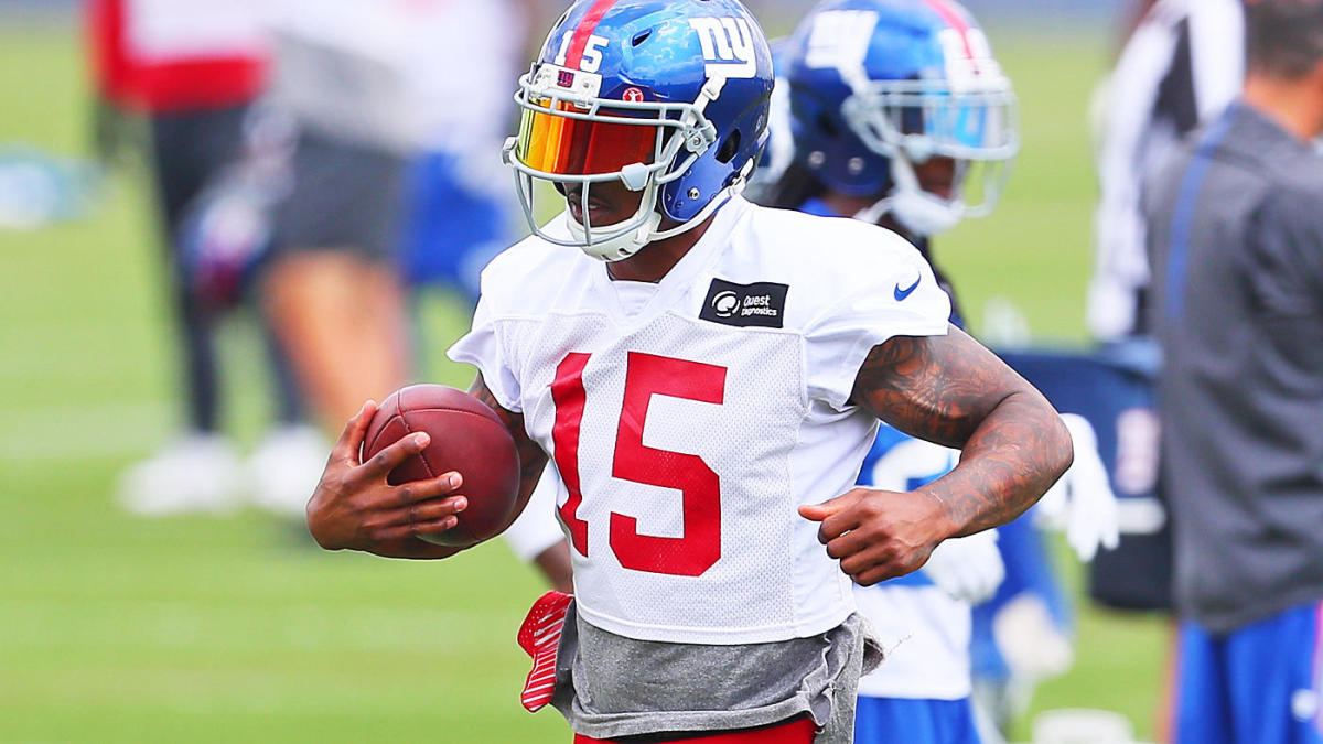 newest bc1a5 09e41 Giants' Brandon Marshall: I wouldn't have survived an entire ...