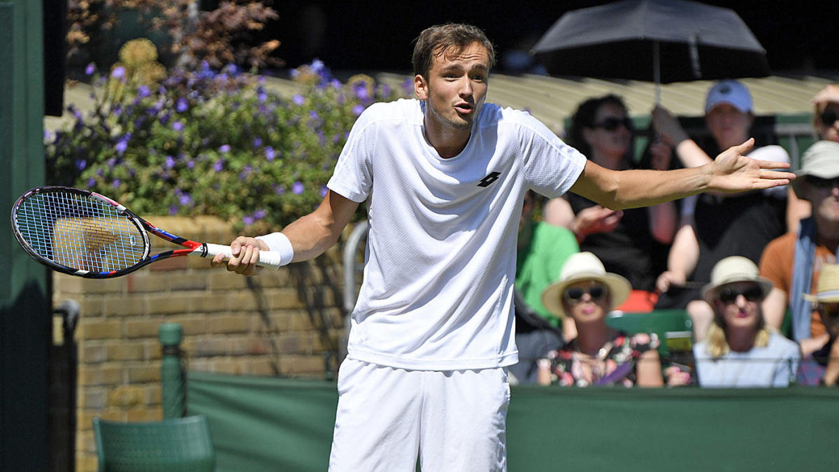 2021 French Open odds, picks, predictions: Proven tennis expert says Daniil Medvedev primed for upset