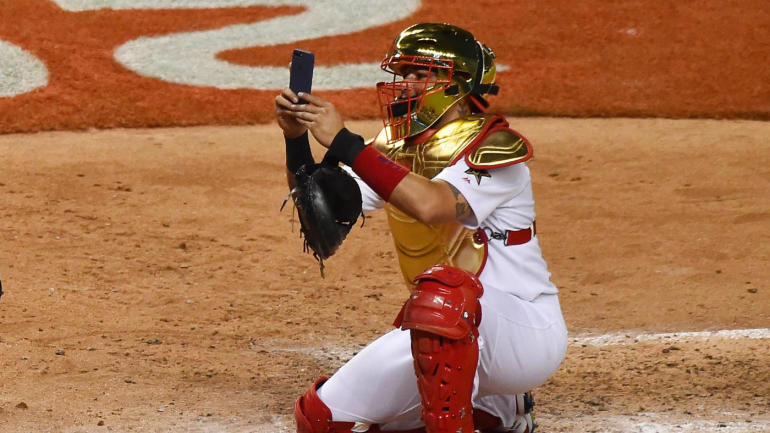 2017 MLB All-Star Game: Yadier Molina's golden gear is ...