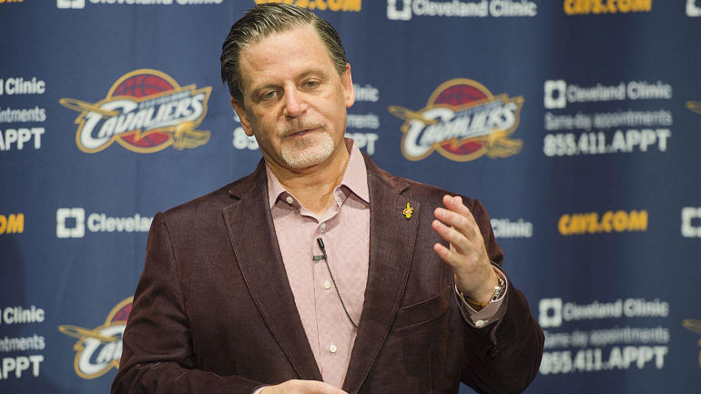 Report: Cavaliers owner Dan Gilbert admitted into hospital with stroke-like symptoms