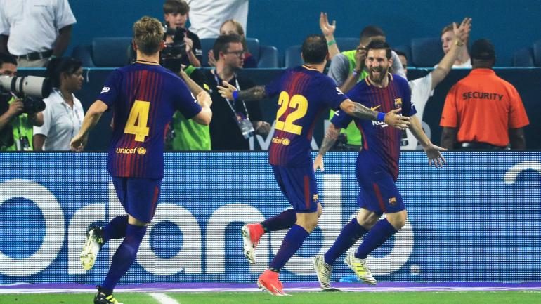 barcelona real madrid messi scores as barca beats clasico rivals minus ronaldo