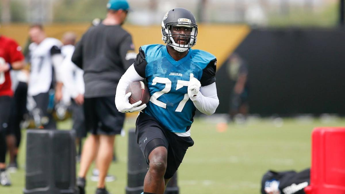 WATCH: Leonard Fournette gets absolutely destroyed during Jaguars' scrimmage