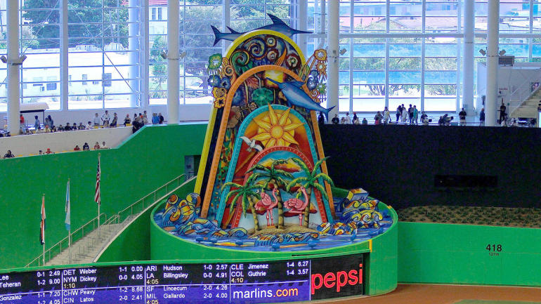 Marlins-home-run-sculpture-marlins-park