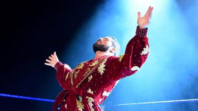 WWE SmackDown results, recap: AJ Styles vs. Kevin Owens, Bobby Roode debuts