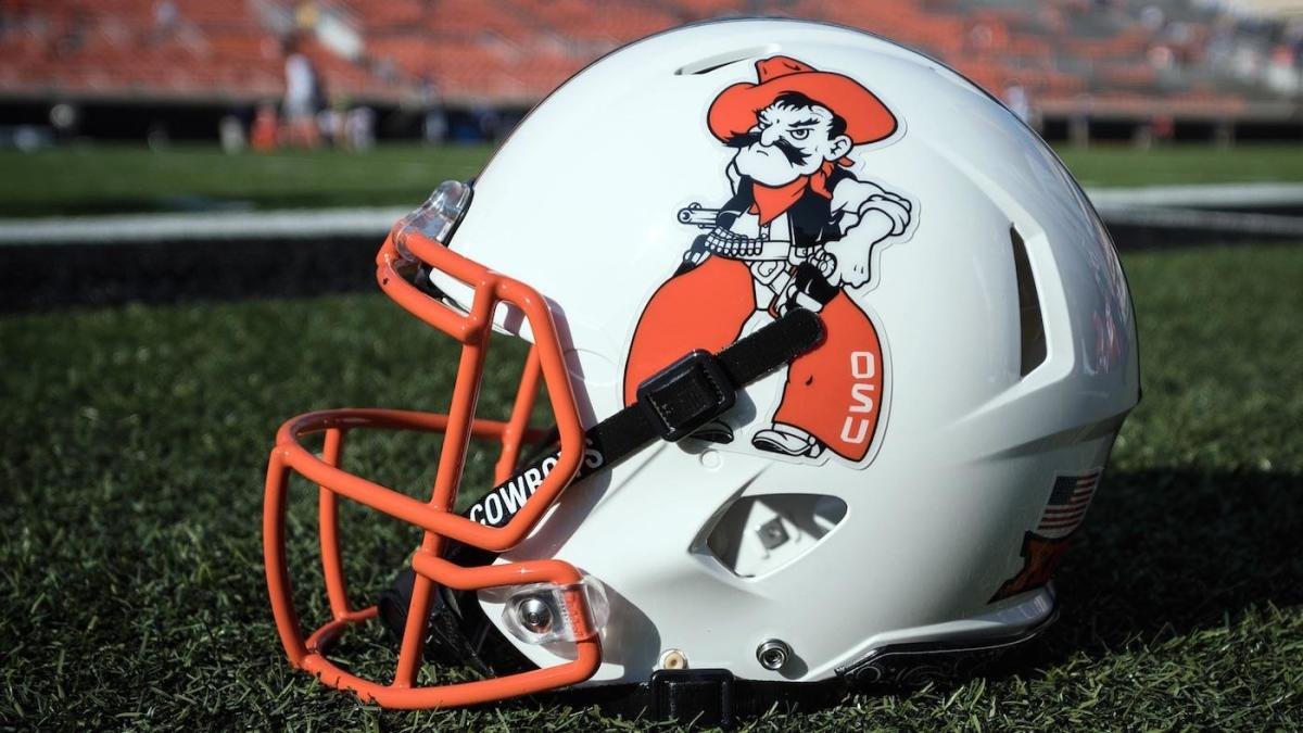 Look Oklahoma State Sporting Awesome White Pistol Pete
