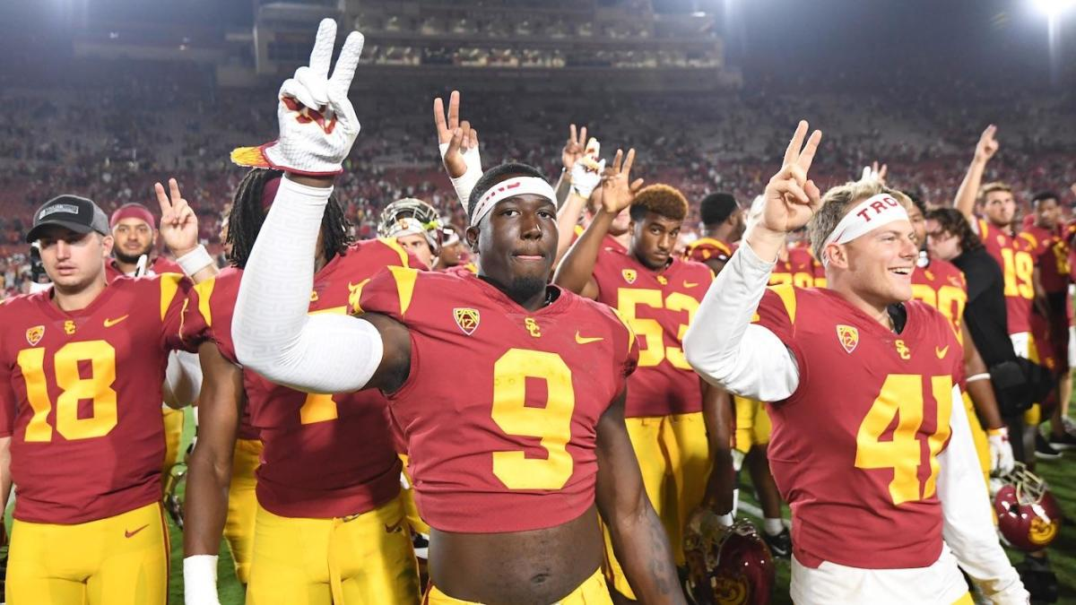 Cbs Sports 130 College Football Rankings Usc Surges Back