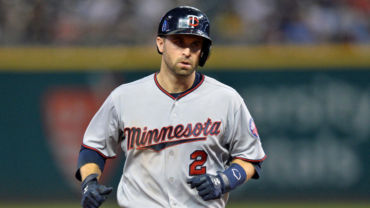 size 40 e40fd e35bb MLB trade rumors roundup  Brewers turn focus to Brian Dozier after Machado  traded to Dodgers - CBSSports.com