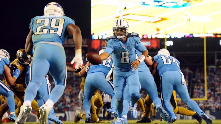e2fb6d6e5 Some Titans players hate Color Rush uniforms because they look like   Smurfs  - CBSSports.com