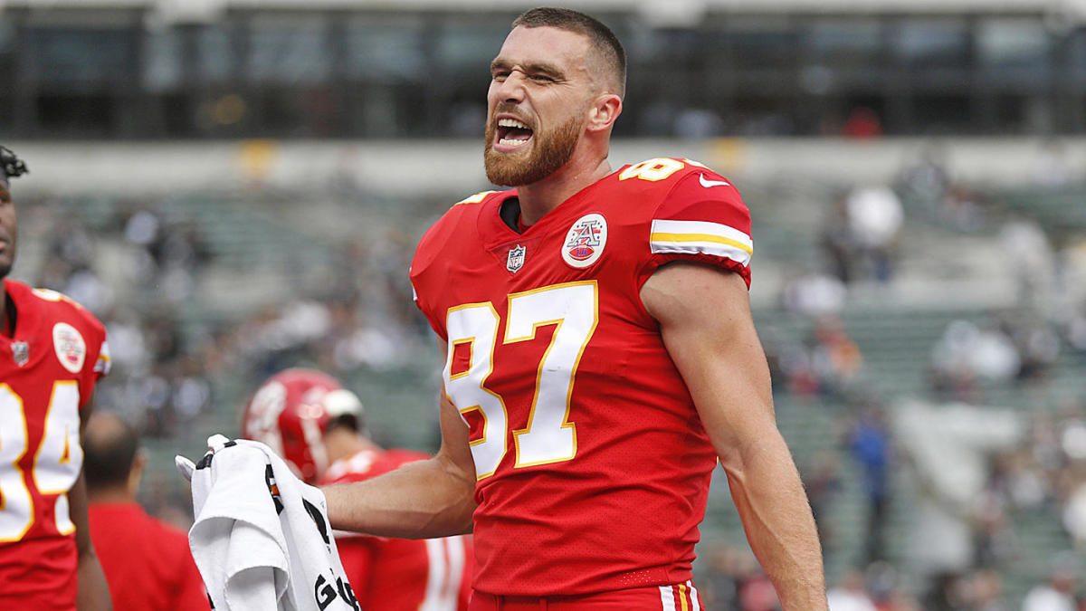 Travis Kelce got caught on camera shoving his offensive coordinator, says he immediately regretted it