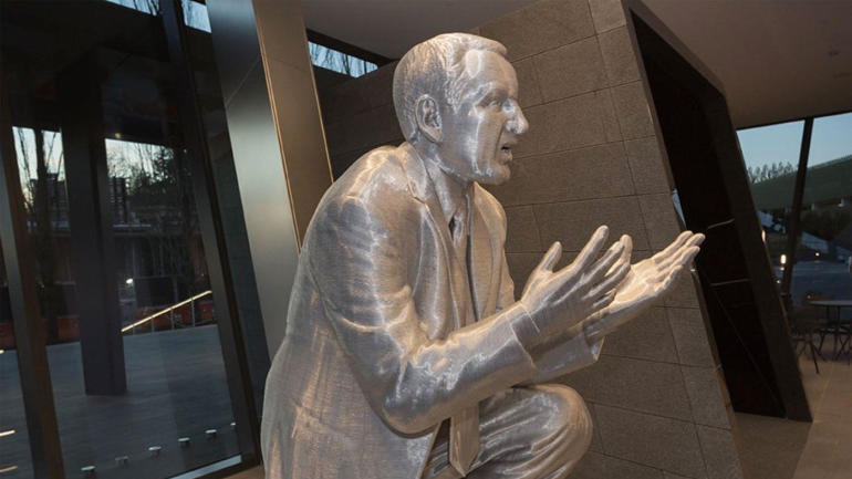 d7ca51fca LOOK  Nike s Michael Krzyzewski Fitness Center will have a statue of Coach K