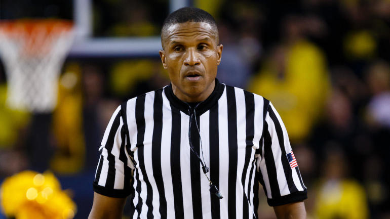 Fesselnd Controversial Ref Ted Valentine Considering Retirement After UNC Florida  State Incident   CBSSports.com