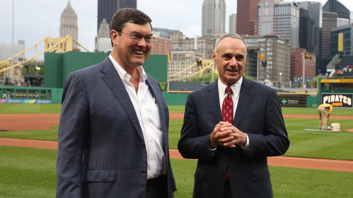 Pirates reportedly down to three finalists for GM job, including former World Series winner